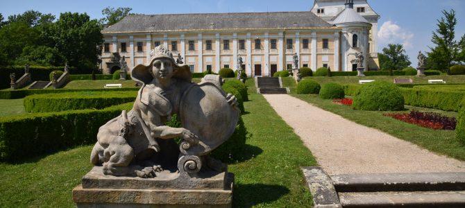 V zámeckém parku v Lysé a okolo Hrbáčkových tůní