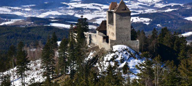 Na hrad Kašperk na sněžnicích
